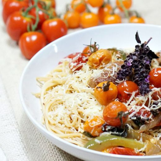 spaghetti with roasted cherry tomatoes
