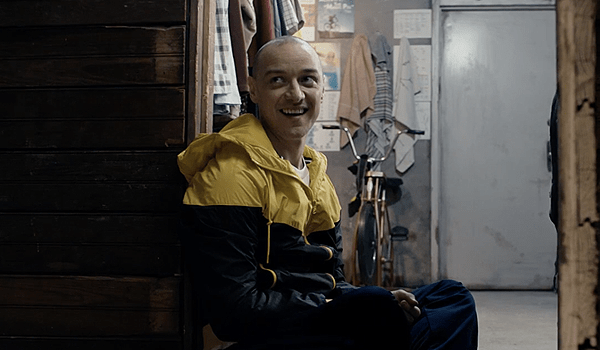 SPLIT (2017) Movie Trailer: James McAvoy Has 23 Personalities in Shyamalan Thriller
