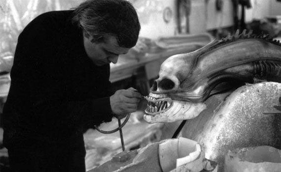 hr-giger-alien-on-set-10