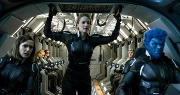 x-men-apocalypse-trailer-screen-1-jennifer-lawrence