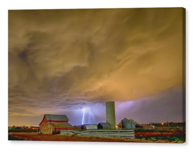 Thunderstorm Hunkering Down On The Farm Canvas Print