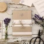 Vintage-Hochzeitseinladung-in-Kraftpapieroptik-als-Kartenset-Lavender-und-Simon-carinokarten