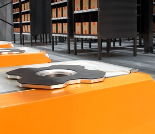 grey-orange-robotics-930x465