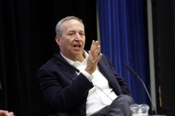 larry-summers-believes-blockchain-will-change-financial-sector-spotlight-01