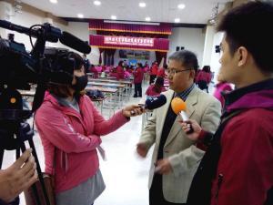 7.副理事長陳崇賢接受電視媒體採訪