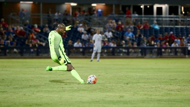 San Antonio's Josh Ford was getting an earful from fans, until he wasn't - Michael Rincon/ArizonaUnited.com