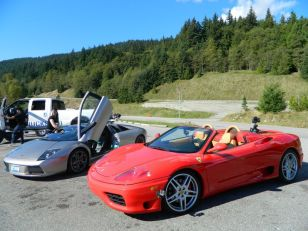 First Rides trailer shoot on Cypress mountain lookout. Ferrari 360 spyder and Lamborghini Murcielago.