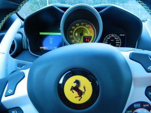 Interior Ferrari FF.