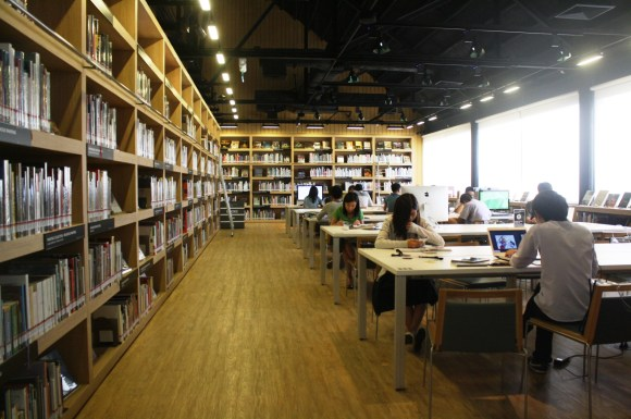 The library at the TCDC Resource Center in Chiang Mai.