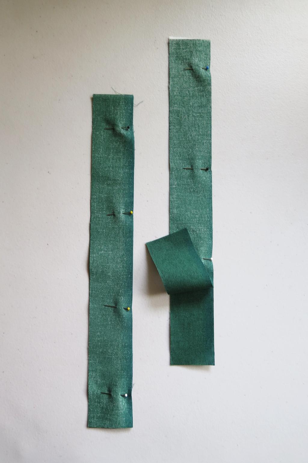 green straps