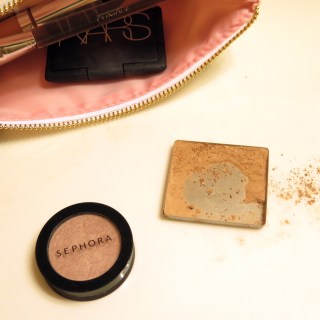 How to Save a Broken Makeup Compact