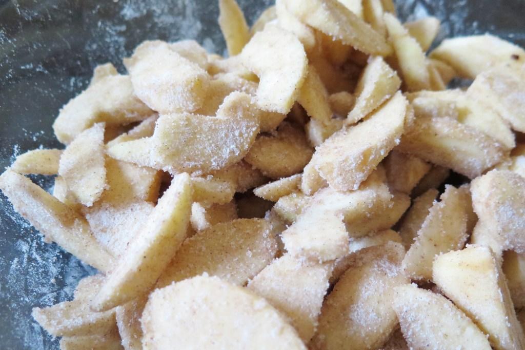 cinnamon sugar apples