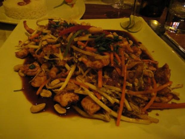 Shrimp Pad Thai at Samsara Restaurant in Valparaiso, Chile