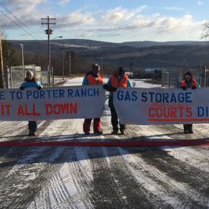 Seneca Lake residents show solidarity with Porter Ranch residents. Photo courtesy of We Are Seneca Lake.