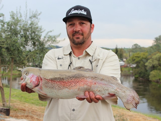Jason Pandolfi shows off this 5.56 lb. rainbow trout that won him third place in the Lake Amador NTAC event.