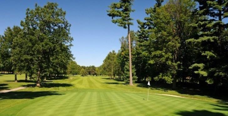 16th Hole, Carleton Golf & Yacht Club (Photo: Scott MacLeod, FlagstickGolfPhotogrphy.com)