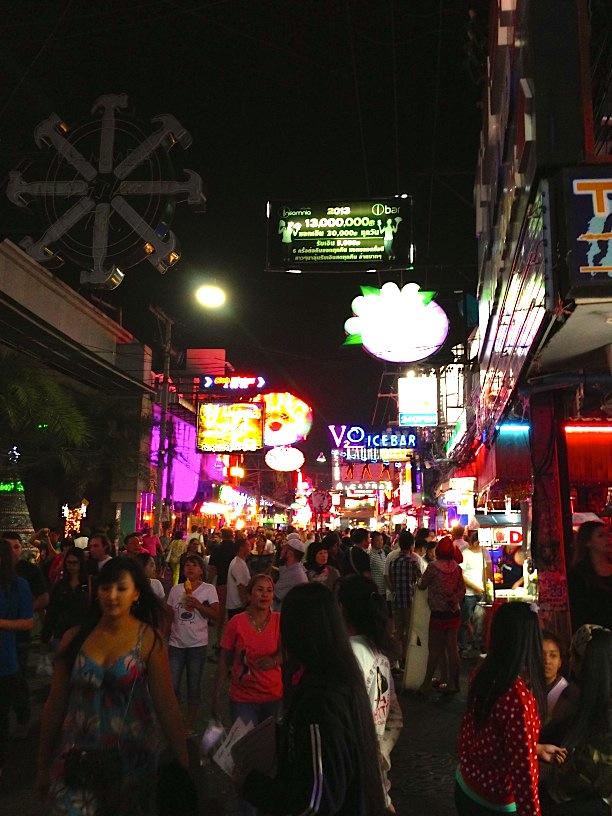 travel magazine pattaya thailand