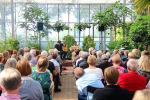 musikalische-lesung-in-der-gaertnerei-schoenhoff-reise-in-eine-orientalische-oase_image_630_420f_wn