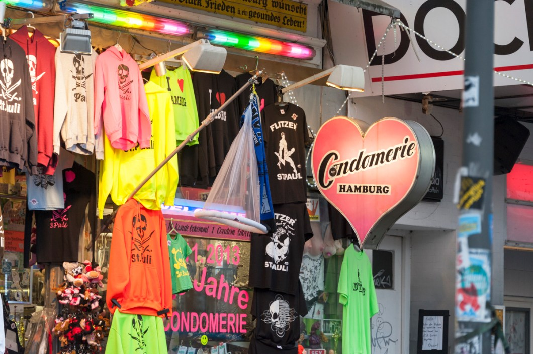 Hamburg St Pauli Tour Condomerie