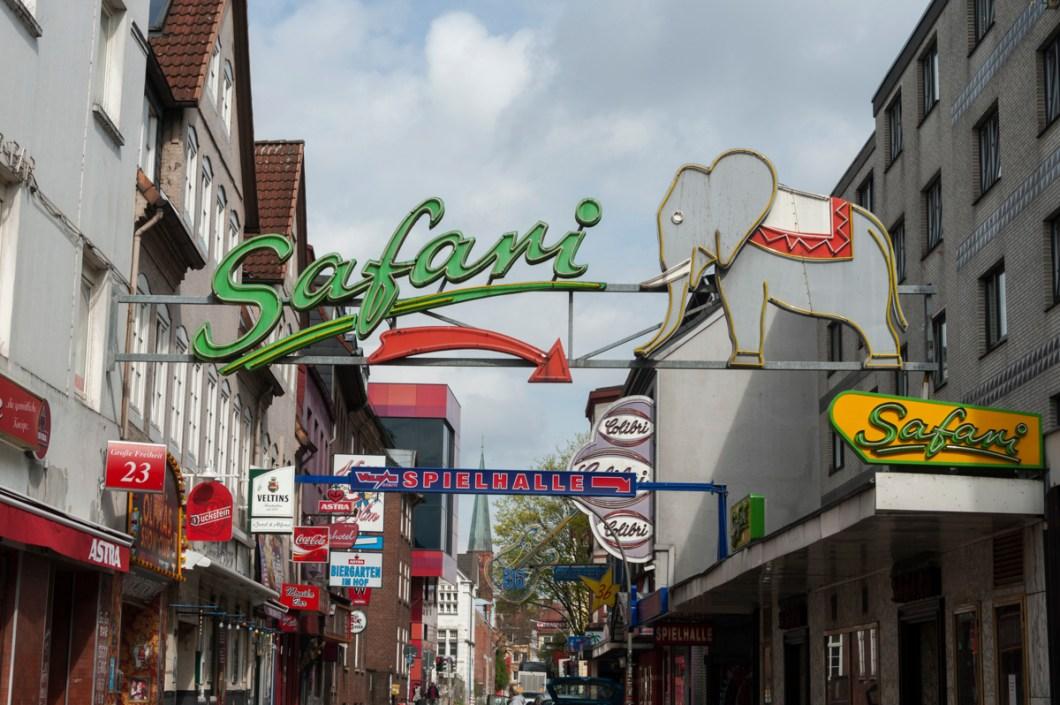 Hamburg St Pauli Tour Safari Sign