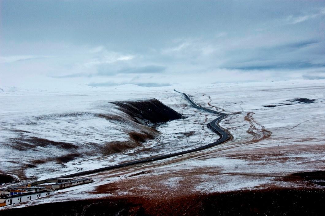roads to nowhere - after Mayum La pass