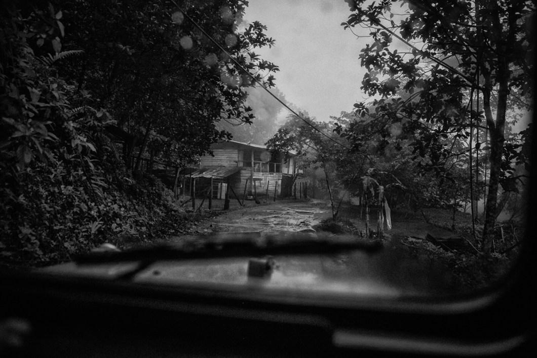 Gillmar Said Villamil - Two minutes of luck - Photoessay - Flint Magazine - Columbia_