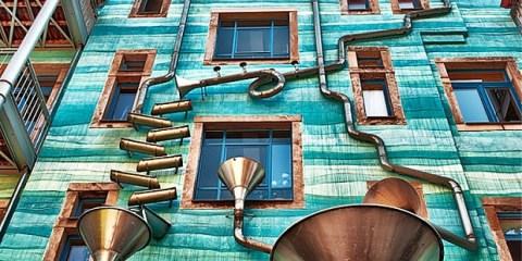 Musical-Rain-Gutter-Funnel-Wall-in-Dresden-Germany-3