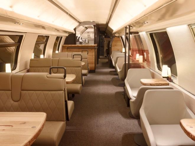 starbucks-SBB-train-4
