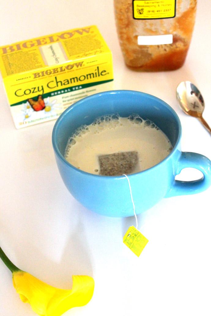moonlight chamomile-honey-latte