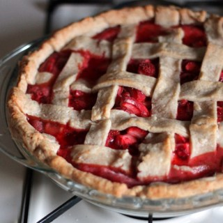 20 Minute Strawberry Vanilla Bean Pie