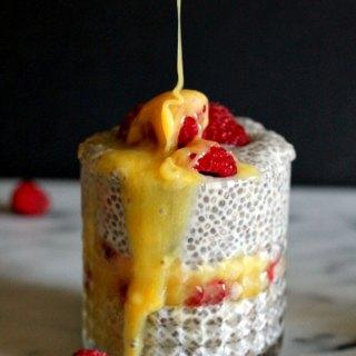 lemon-curd-chia-pudding