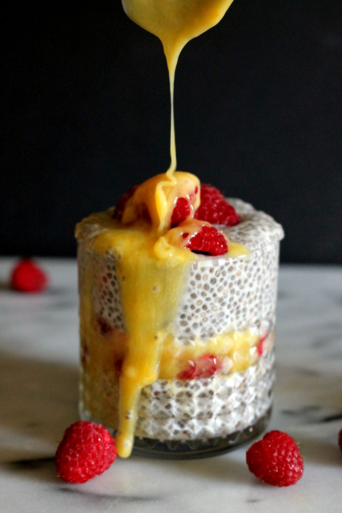 lemon-curd-chia-pudding