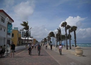 Florida bike trails: Hollywood Beach bike trail along the ocean via the Broadwalk