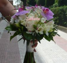 Ramos de novia rosas y orquideas