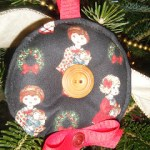 Wreath-Inspired Treadle-Stitched Christmas Ornament