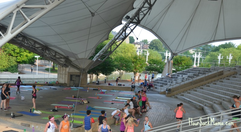 Amphitheatre Beauty Hunters Wide Shot Knoxville Tennessee