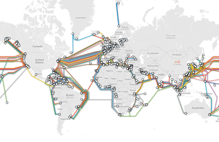 Submarine cable map