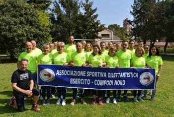 Atleti e striscione dell'Associazione sportivaCONFODI Nord di Padova