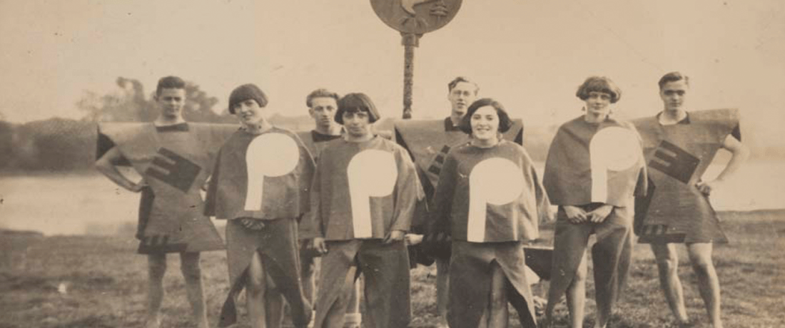 Kibbo Kift Glee Singers at the Gleemote at Rickmansworth, 1929. © Museum of London / Kibbo Kift Foundation.