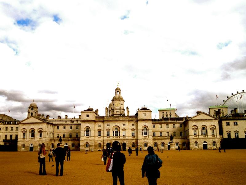 London Low Budget