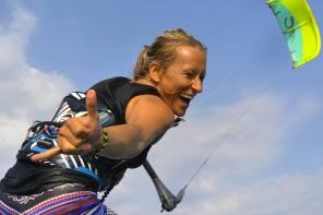 Kite Beginner: Warum man Kite surfen unbedingt ausprobieren sollte + ein Anfänger Guide