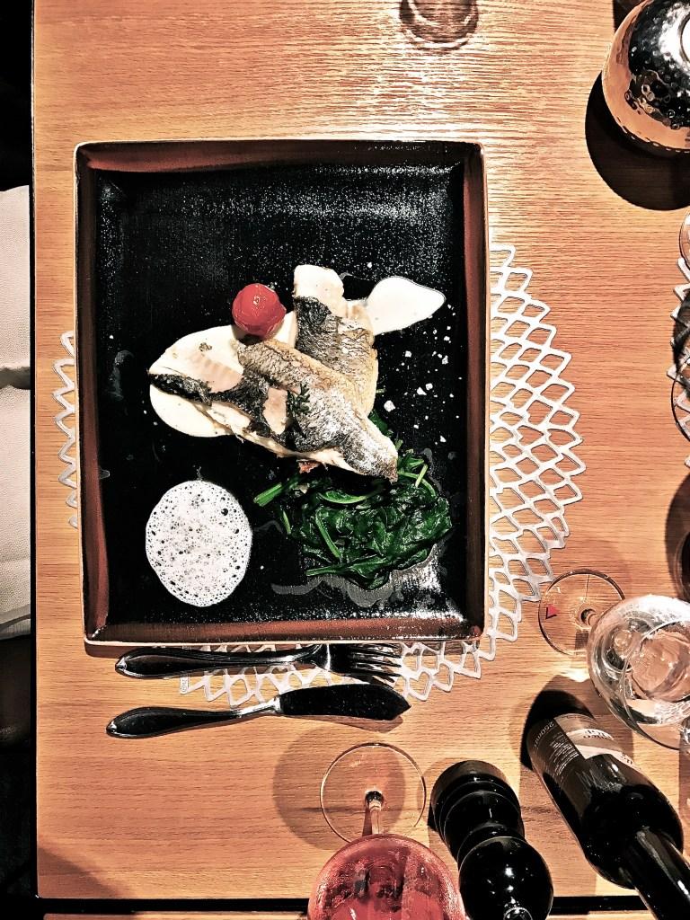Essen im Restaurant mooq