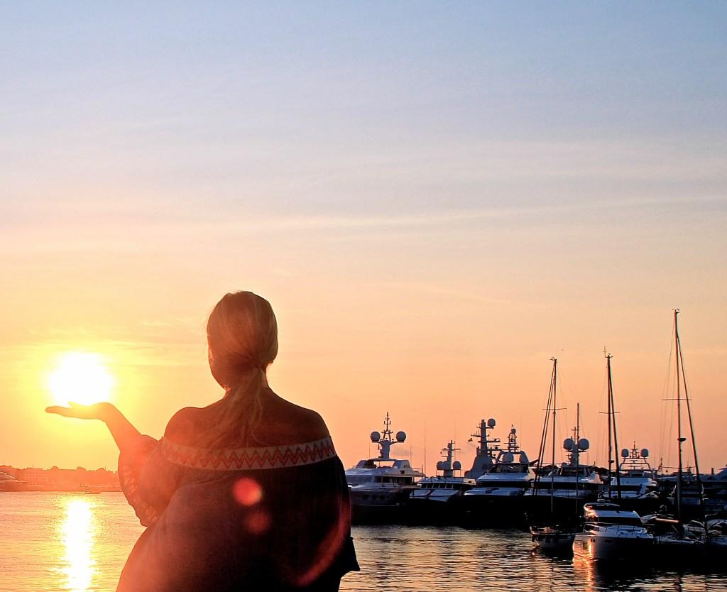 Sonnenaufgang in Ibiza Stadt