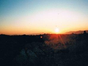 アクロポリスの丘の夕日