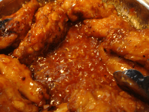 hot-spicy-chicken-wings10