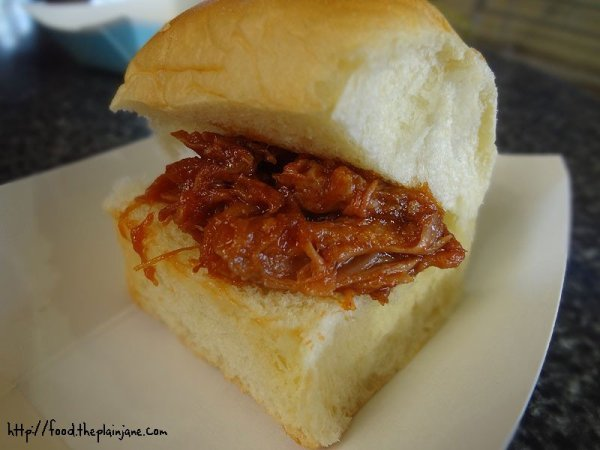 pulled-pork-sandwich-bbq-bacon-bits