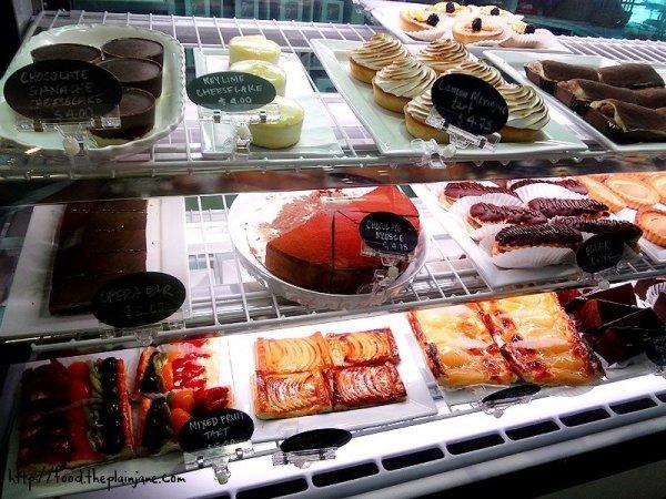 dessert-case-2