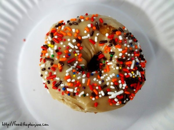 maple-sprinkle-donut