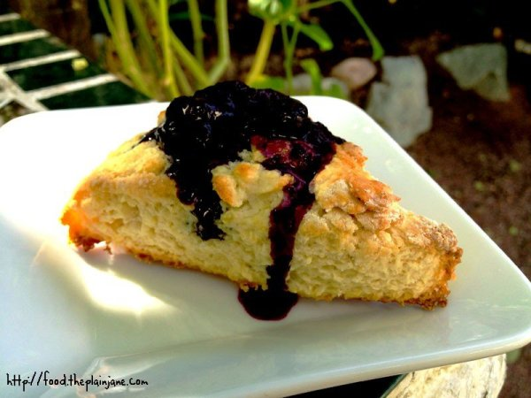 breakfast-scones-blueberry