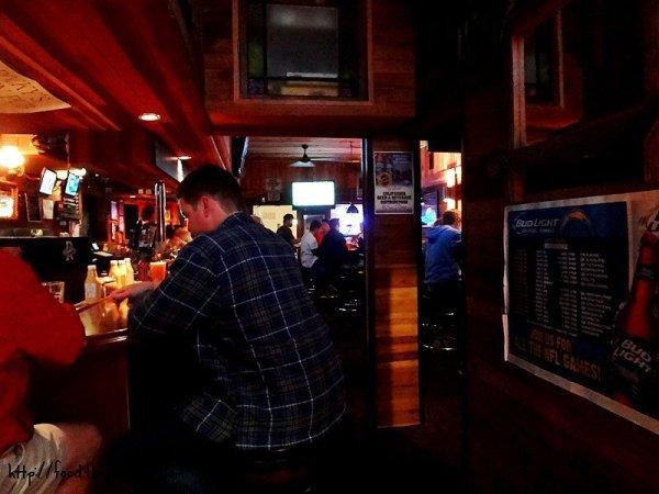 rockys-crown-pub-inside